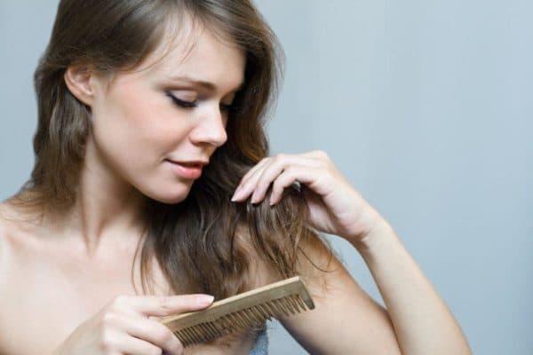Маска для восстановления волос с кефиром, маслом яйцом