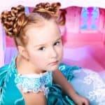 Новогодние укладки для детей: полезные советы для мам маленьких принцесс